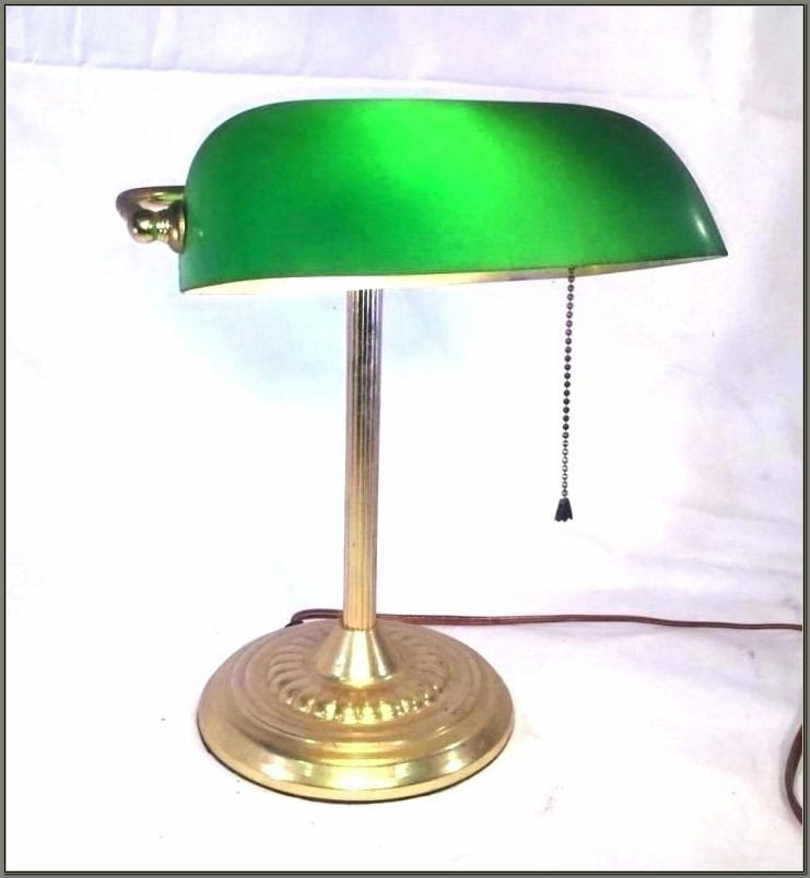 Green Bankers Desk Lamp