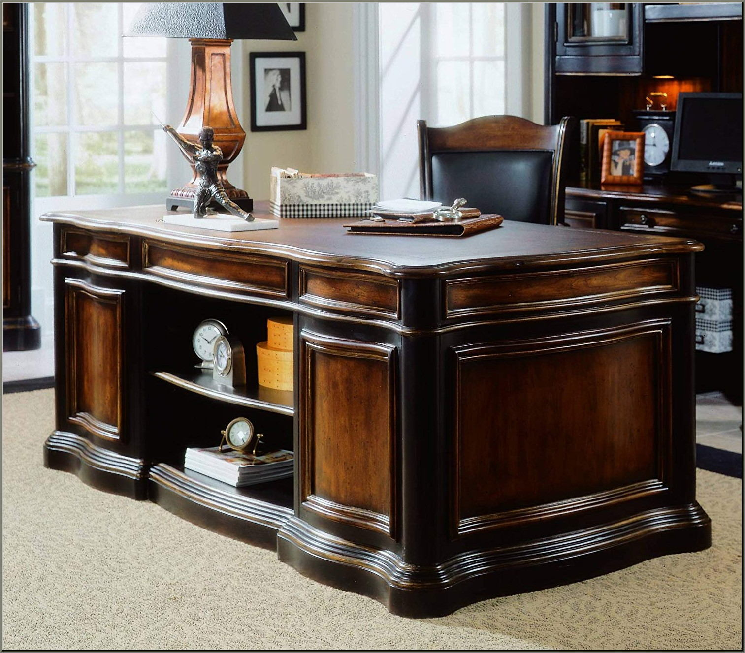 Hooker Preston Ridge Desk