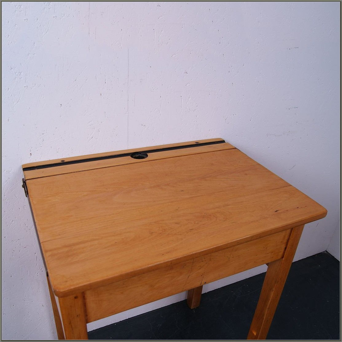 Lift Lid School Desk