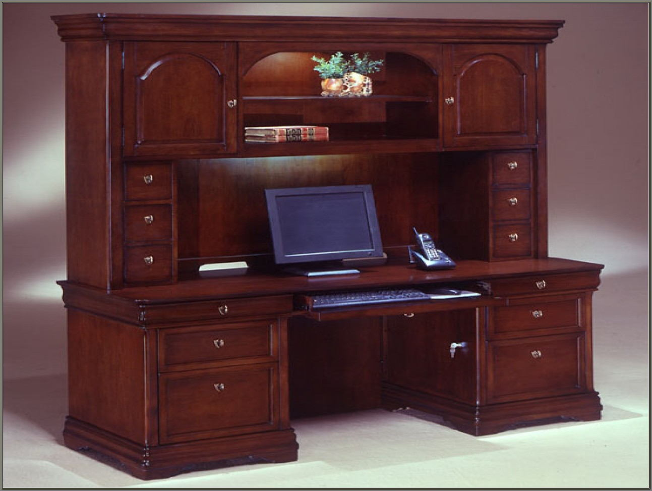 Office Desk With Credenza And Hutch