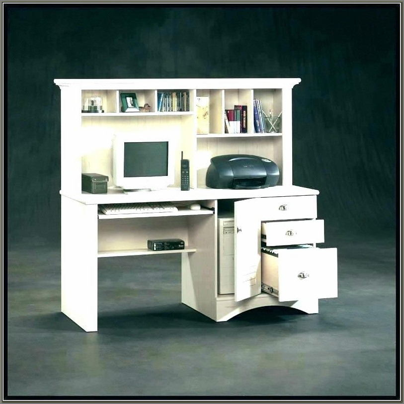 Sauder Beginnings Student Desk