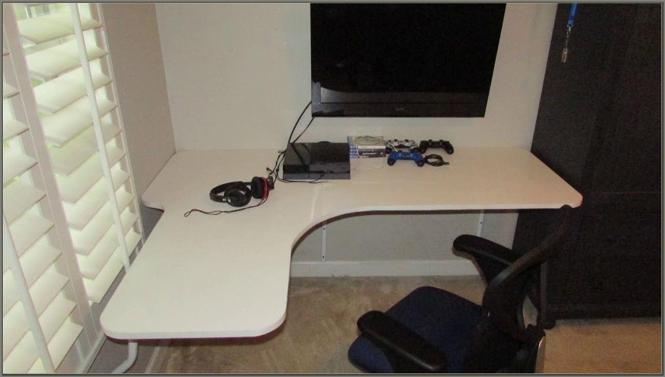 Wall Mounted Floating Corner Desk