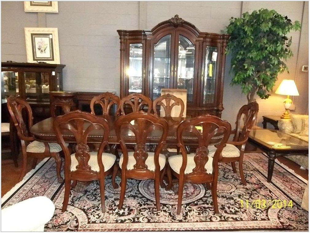 Antique Bernhardt Furniture Dining Room