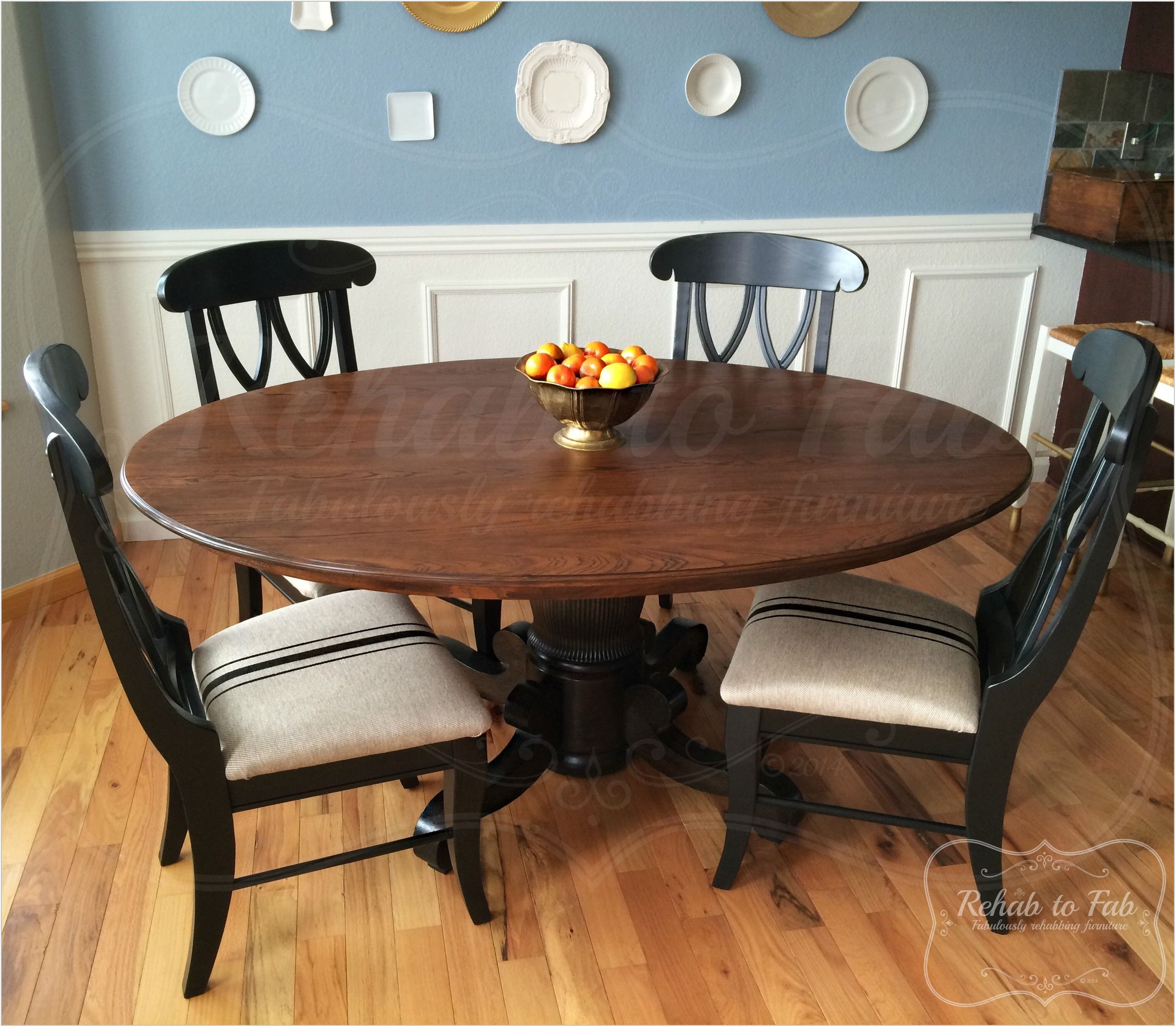 Antique Round Dining Room Table