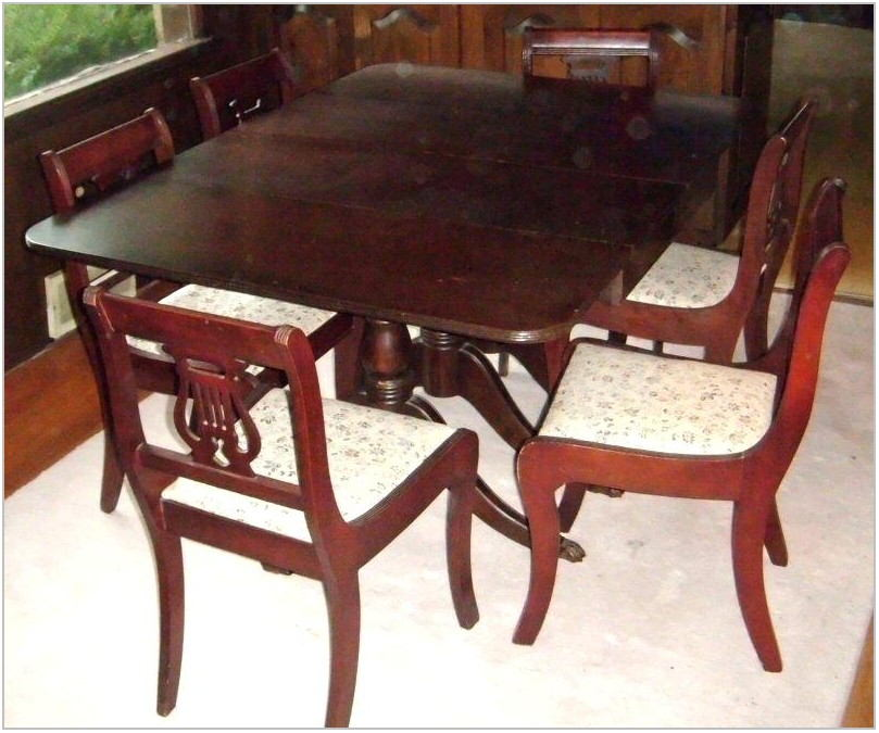Bernhardt Hibriten Dining Room Set