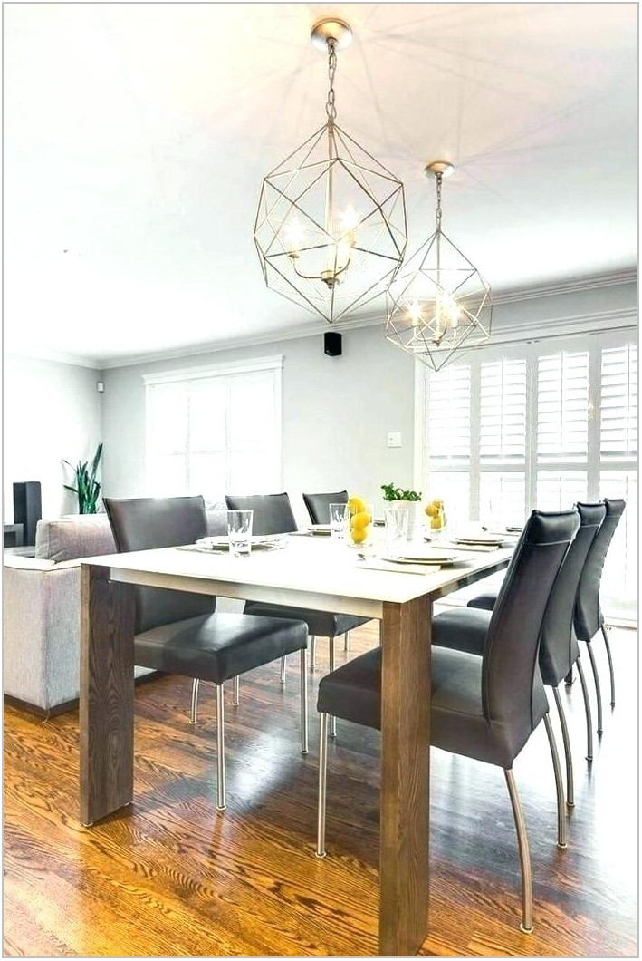 Coordinating Island And Dining Room Lighting