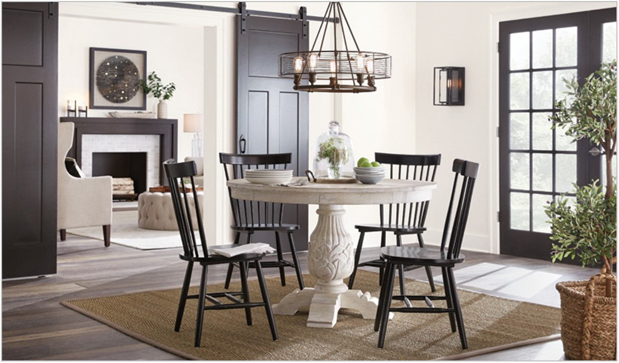 Coralayne 5 Piece Dining Room