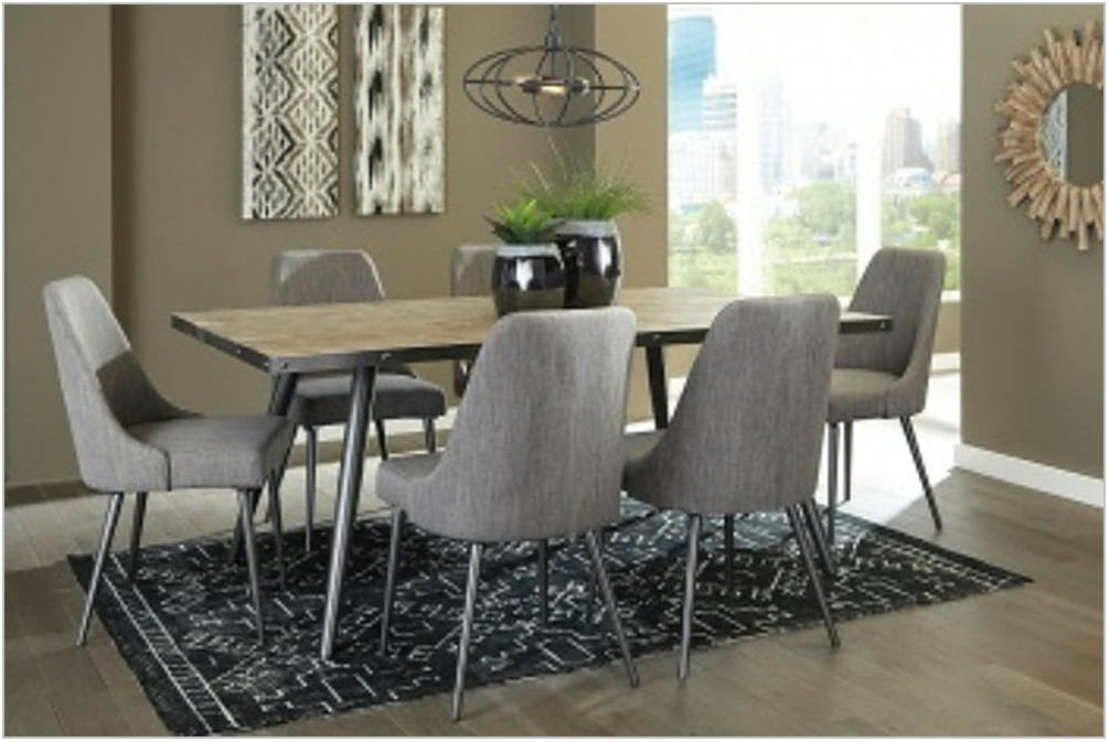 Coverty Dining Room Table