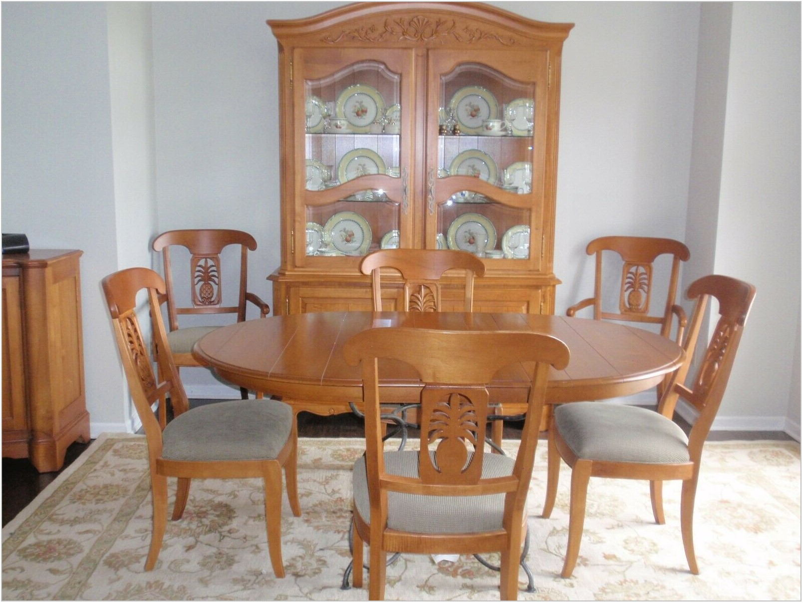 Dining Room Set Buffet
