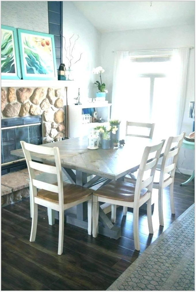 Dining Room Set With Captain Chairs