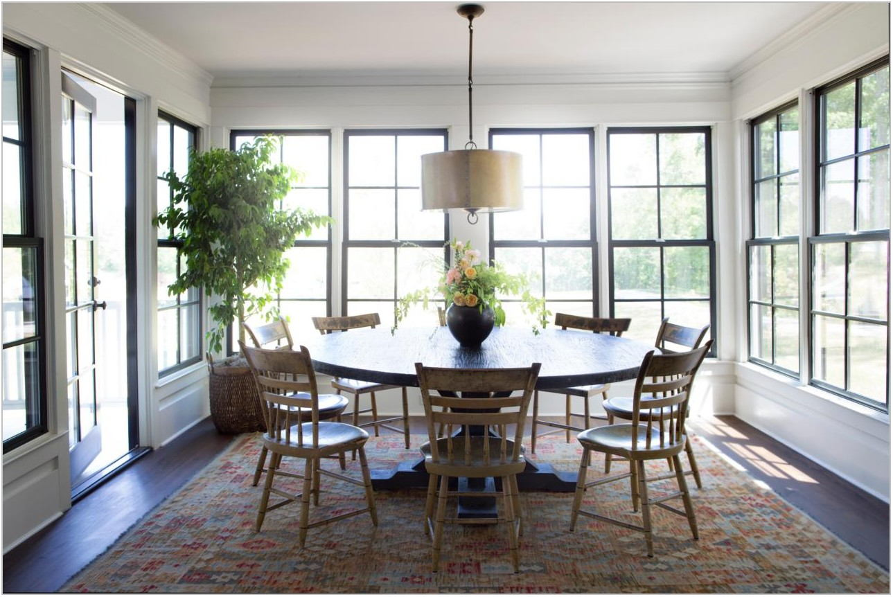 Dining Room Table With Area Rug