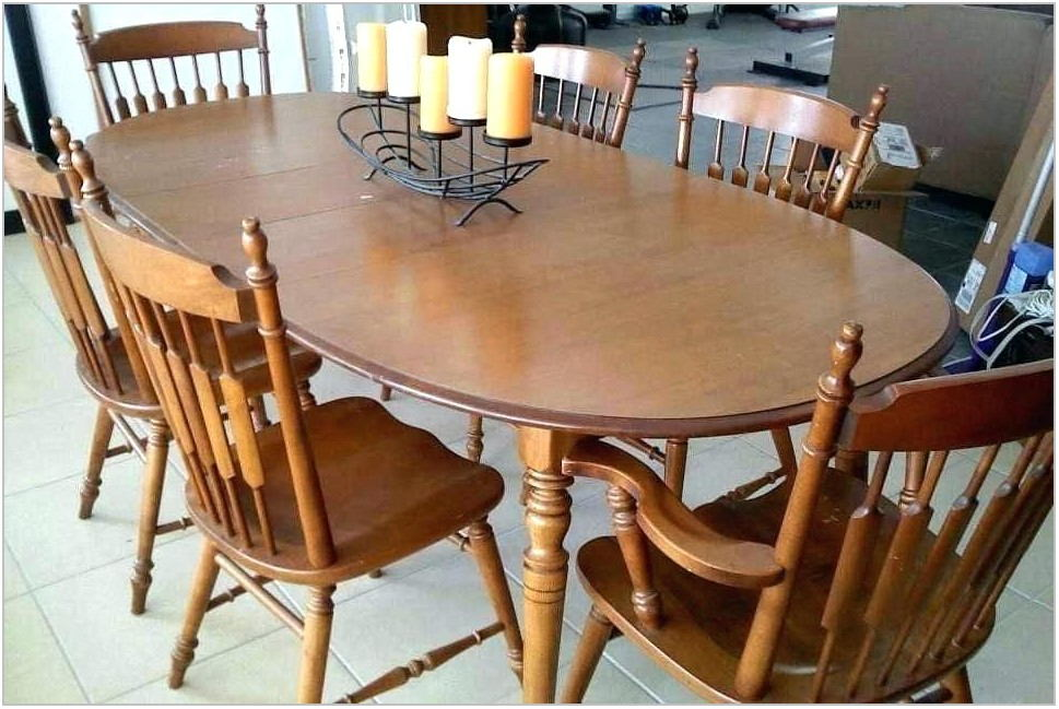 Early American Dining Room Chairs
