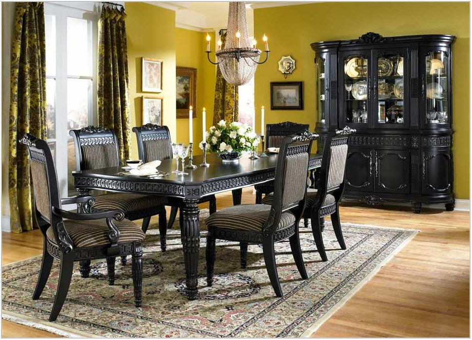 Elegant White Dining Room Set