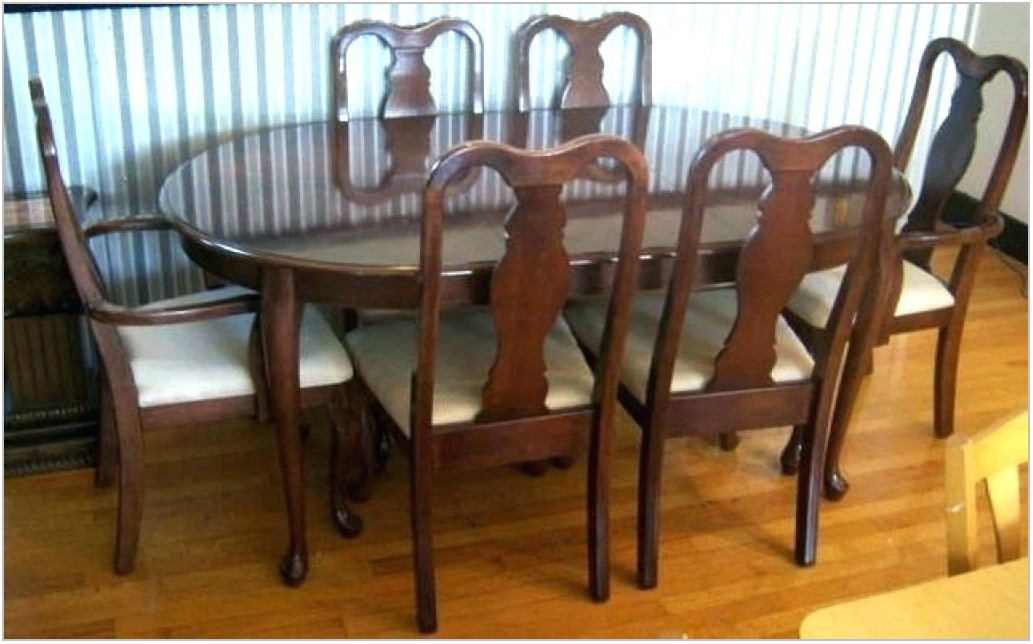 Ethan Allen Queen Anne Dining Room Set