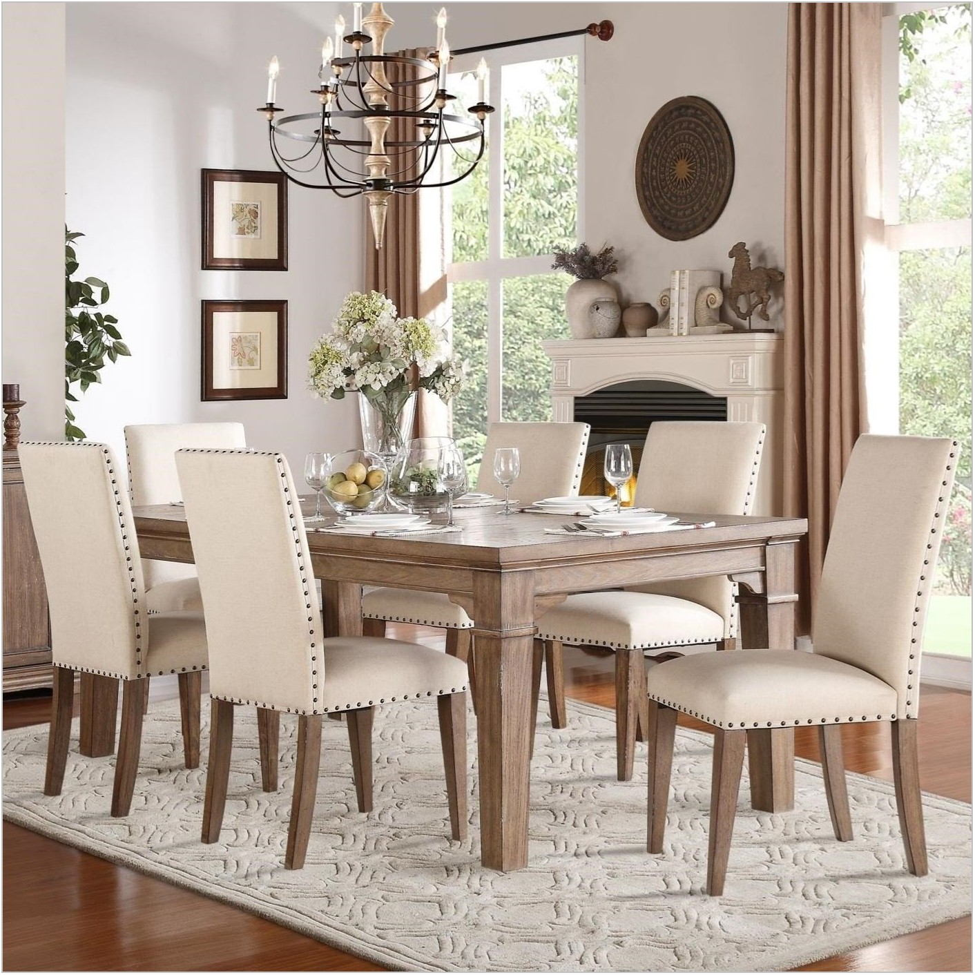 Grand Dining Room Tables