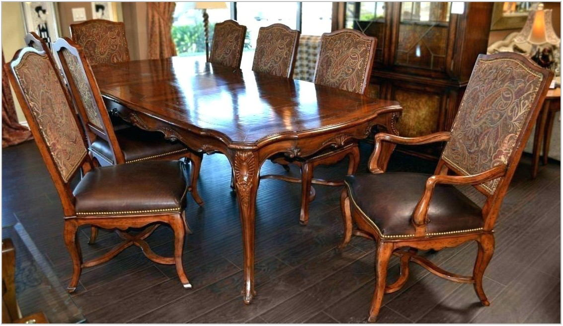 Henredon Dining Room Table