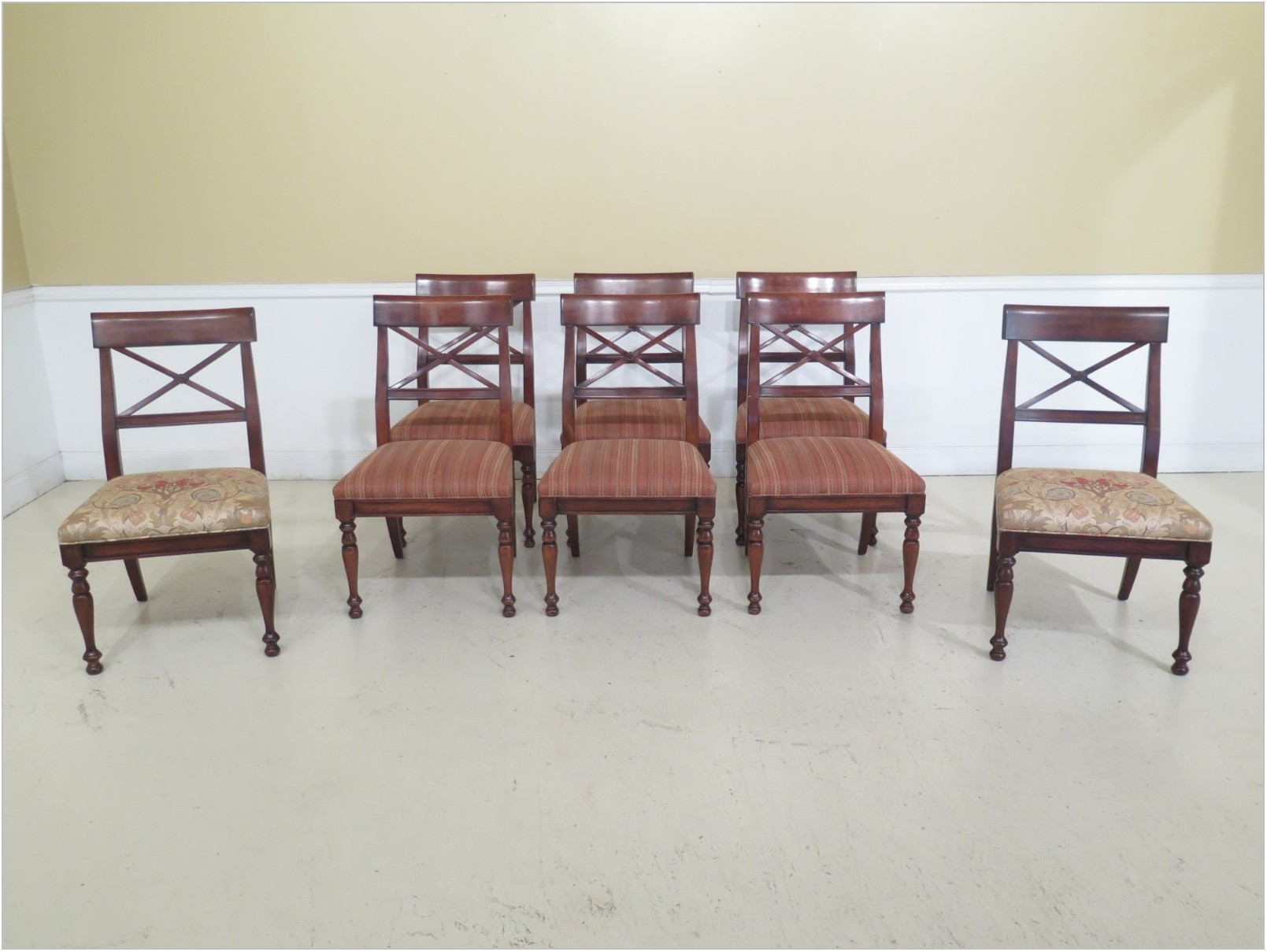 Hickory White Dining Room Set