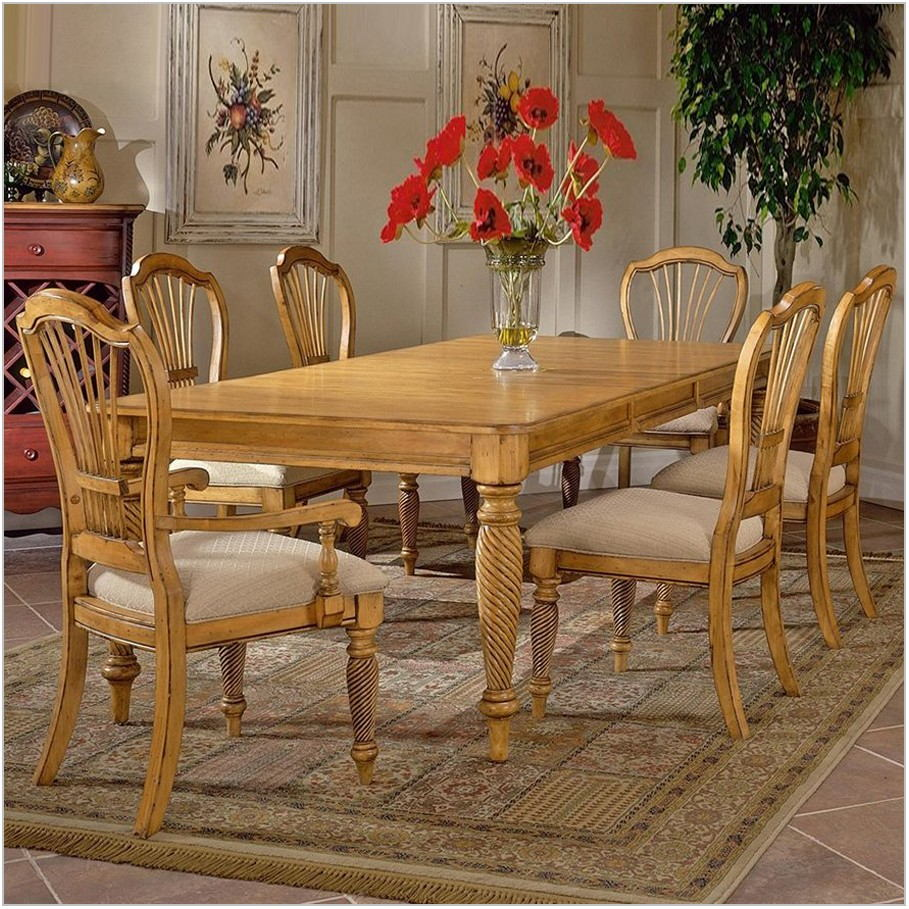 Hillsdale Wilshire Dining Room Furniture
