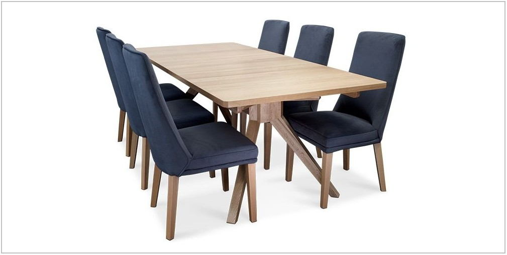 Hunter Dining Room Furniture
