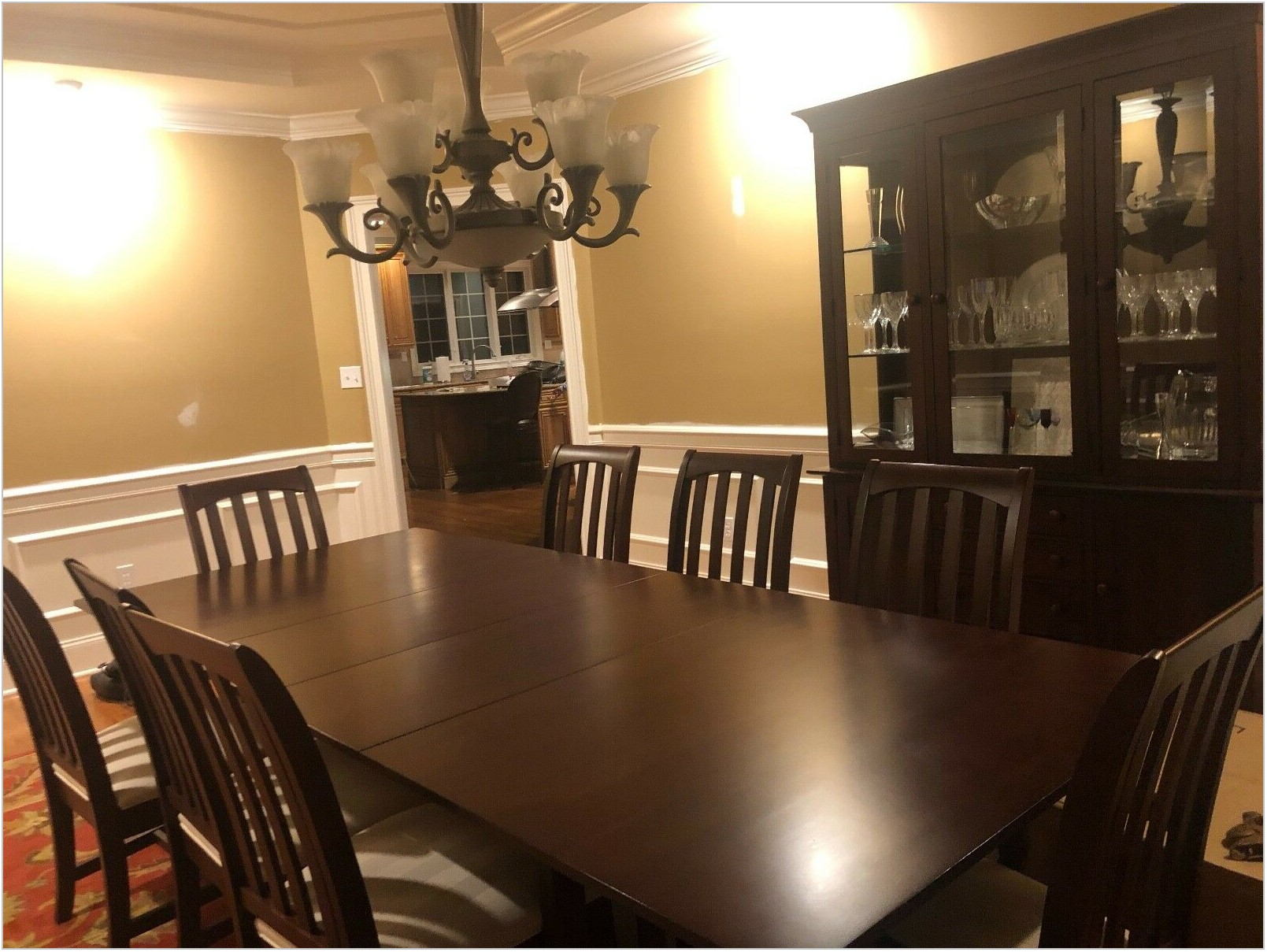 Kincaid Dining Room Set For Sale