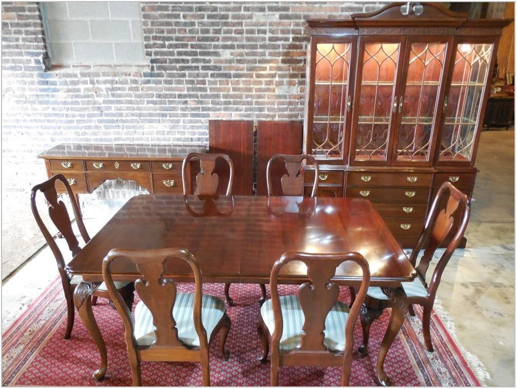 Knob Creek Cherry Dining Room Furniture