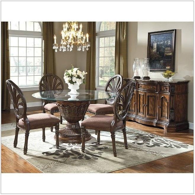 Ledelle Dining Room Set