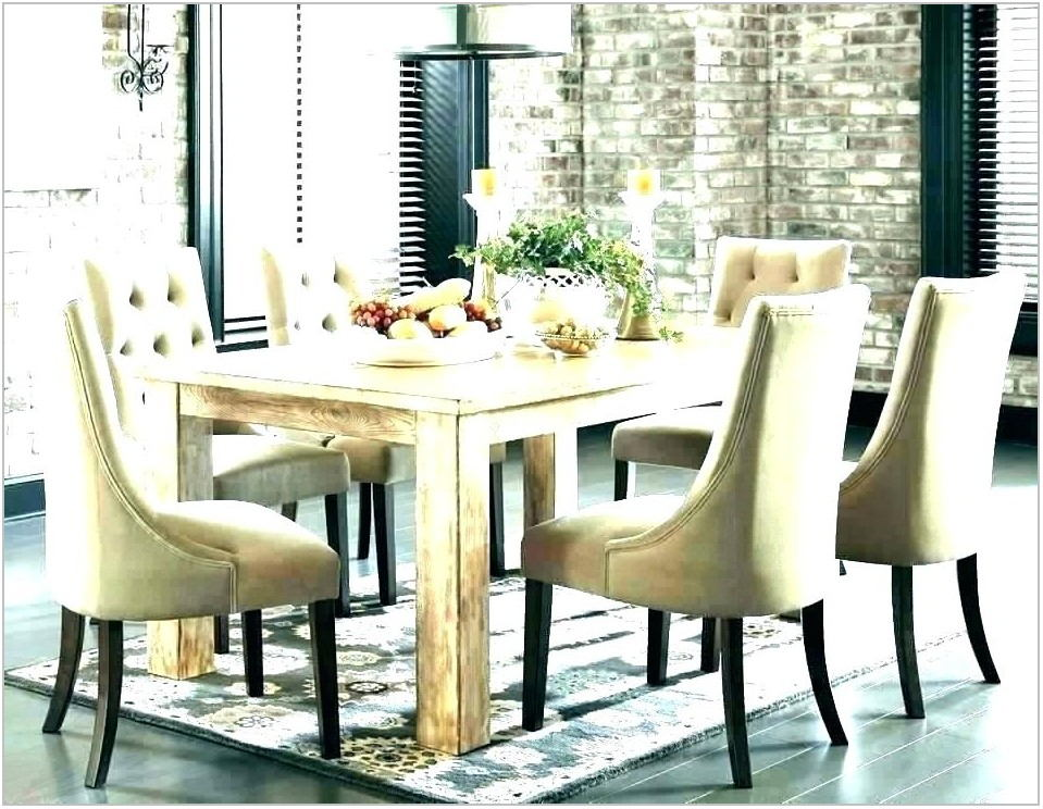 Light Oak Dining Room Table And Chairs