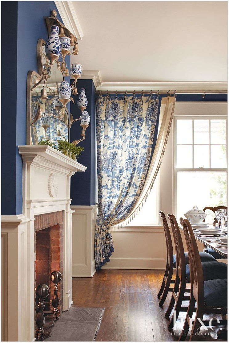 Modern Dining Room Window Treatments