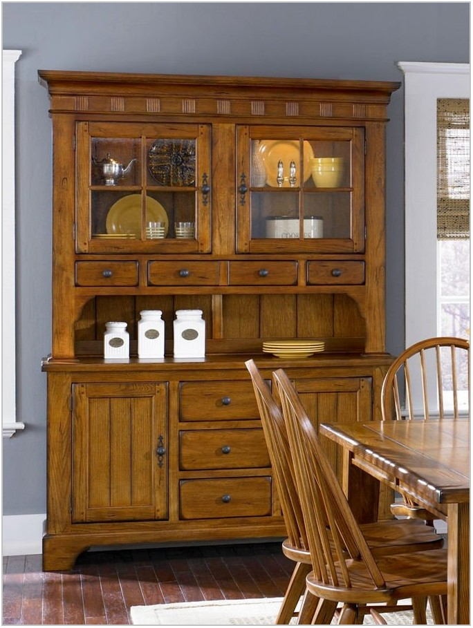Oak Dining Room Hutch And Buffet