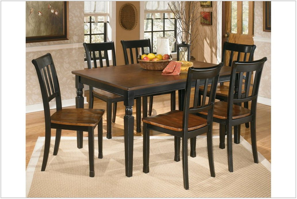 Owingsville Dining Room Table Set