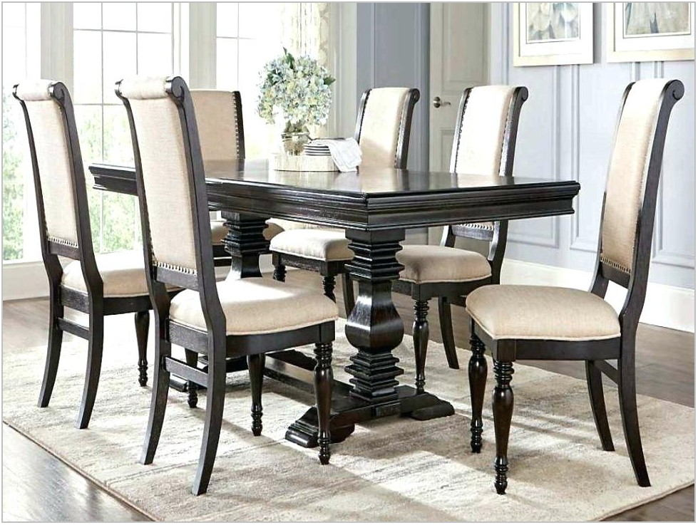 Rooms To Go Dining Set With Bench