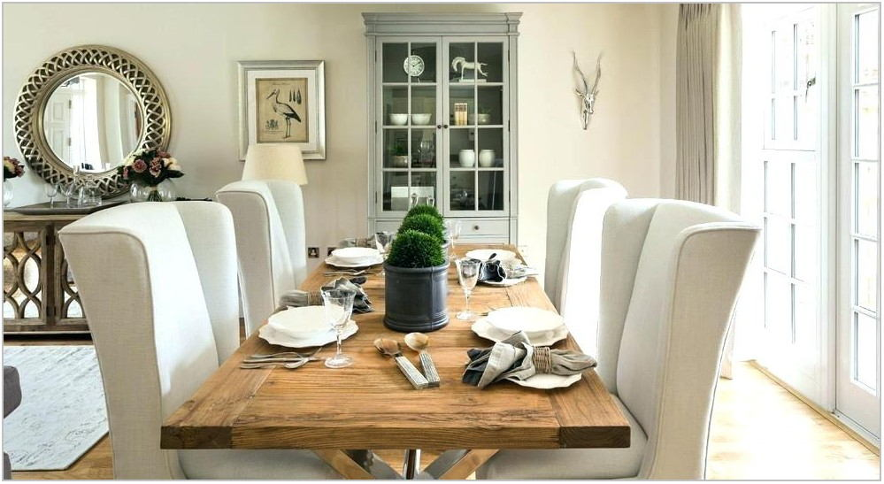 Round Farmhouse Dining Room Set