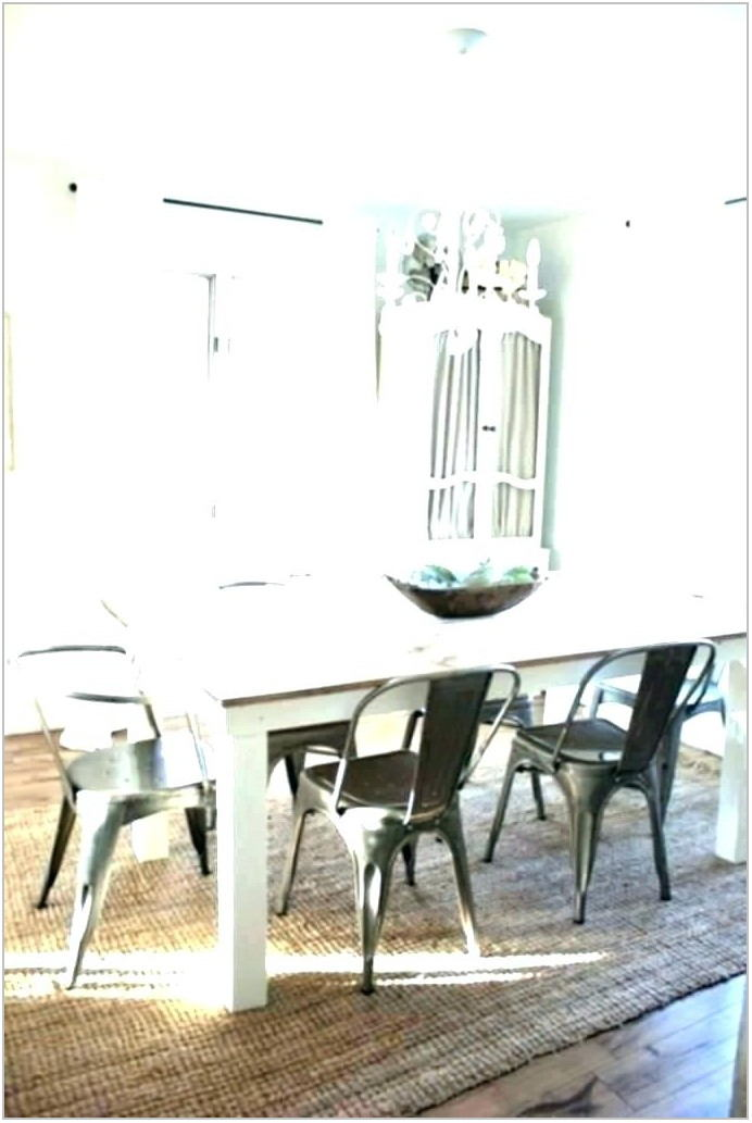 Round Rugs For Under Dining Room Table