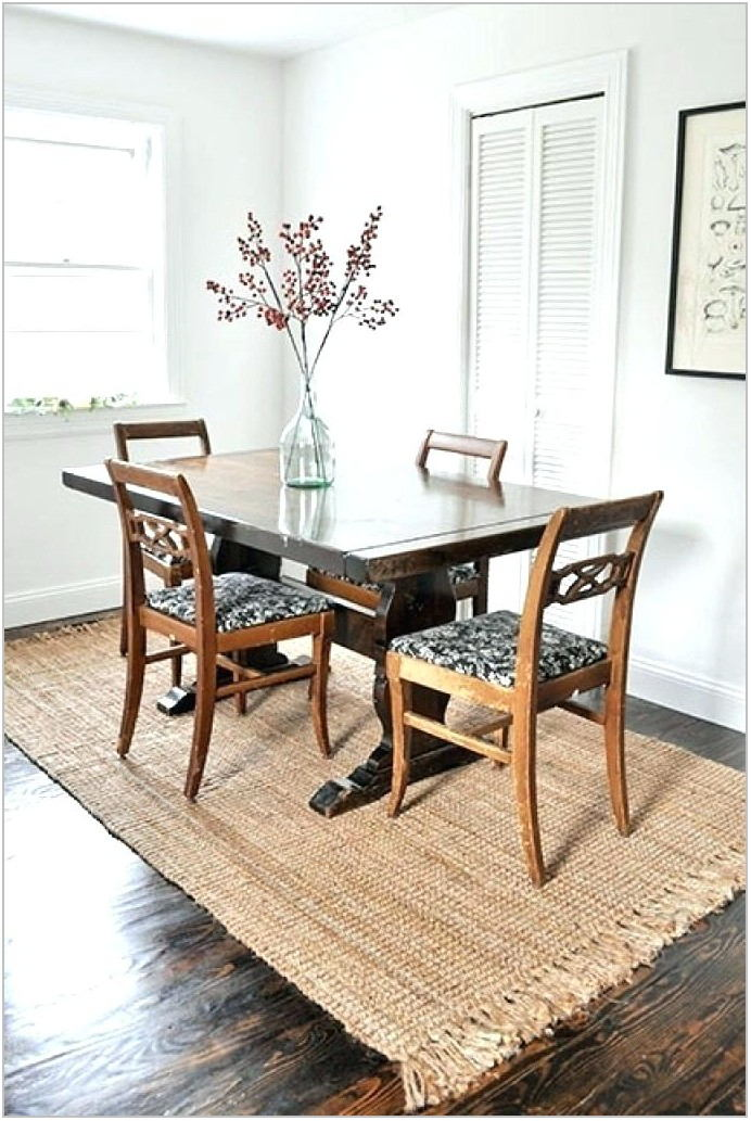 Rugs To Go Under Dining Room Tables