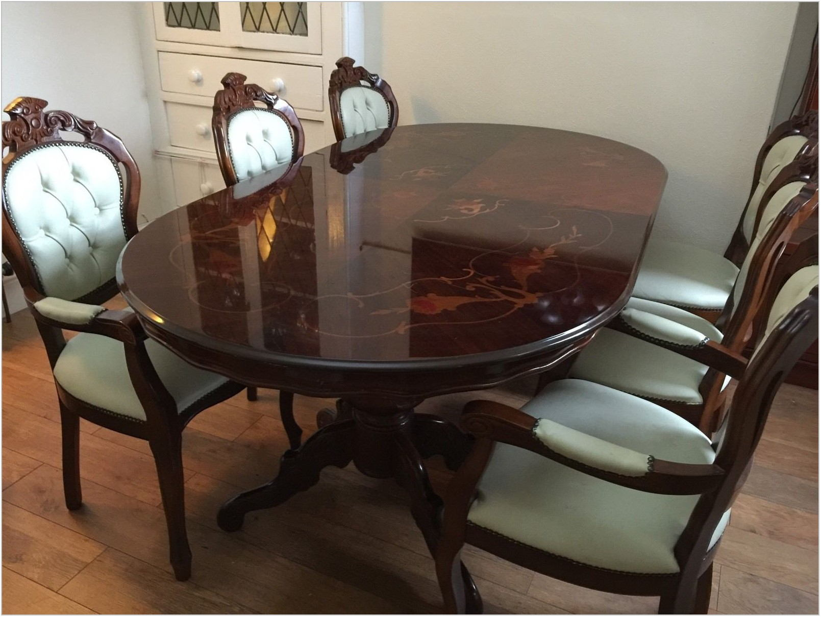 Second Hand Dining Room Table