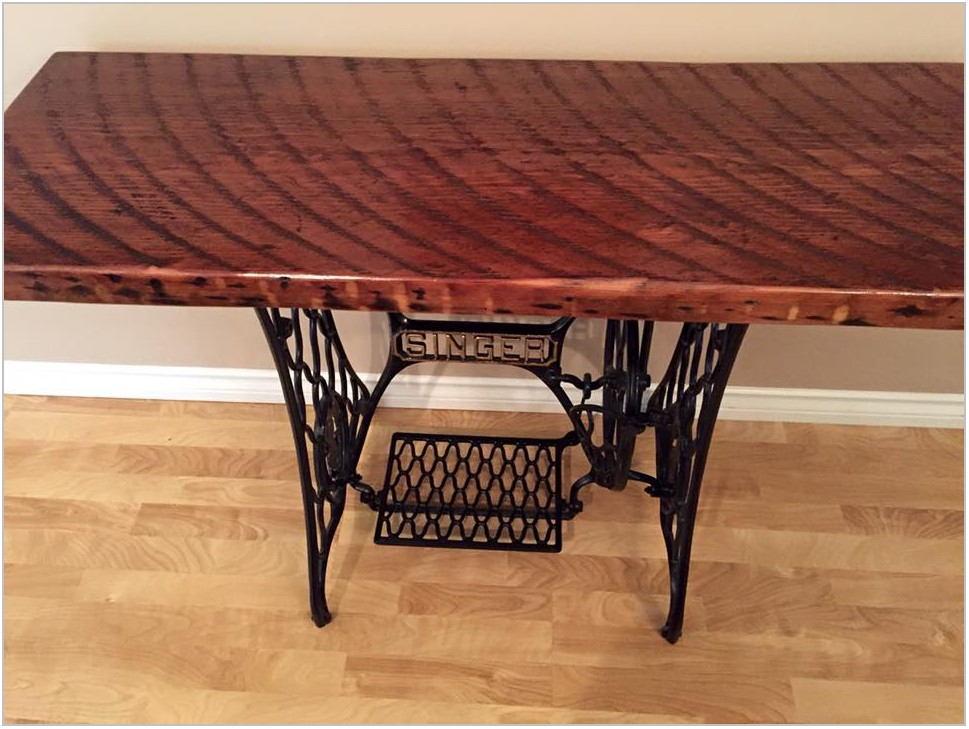 Singer Furniture Company Dining Room Set