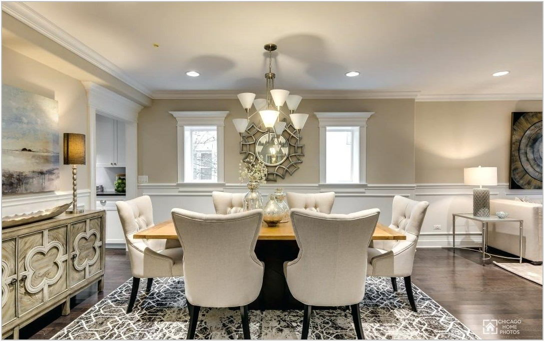 Staging A Dining Room Table For Sale