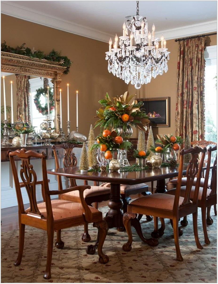 Traditional Dining Room Table Centerpieces