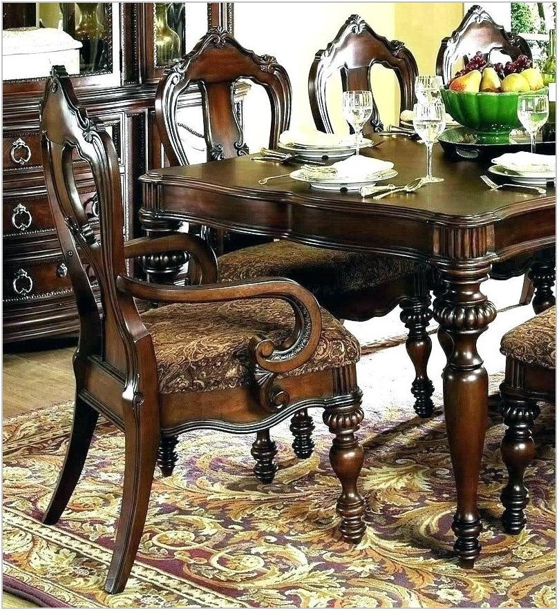 Tuscan Dining Room Set