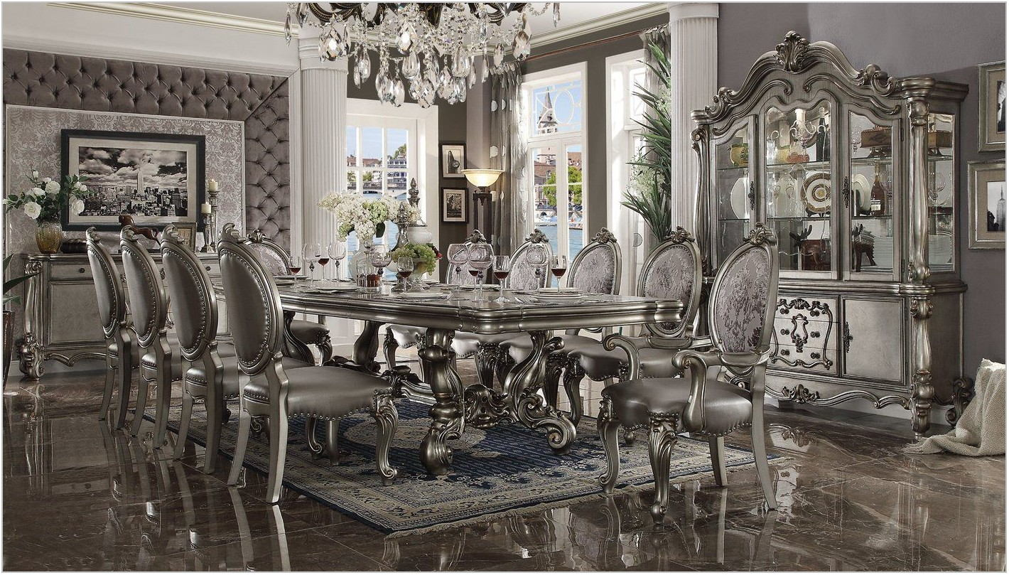 Welton Dining Room Furniture