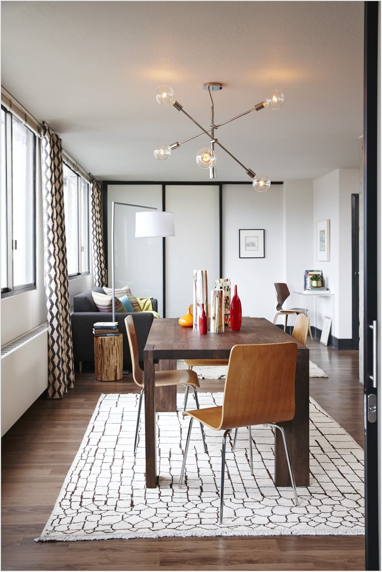 What Type Of Rug For Dining Room