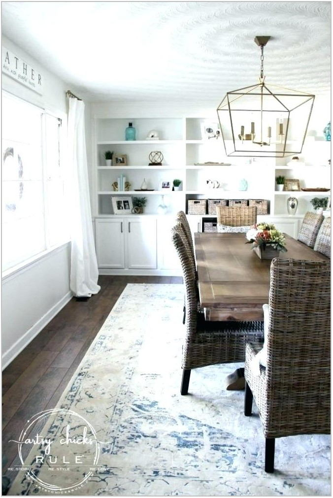 White Coastal Dining Room Sets