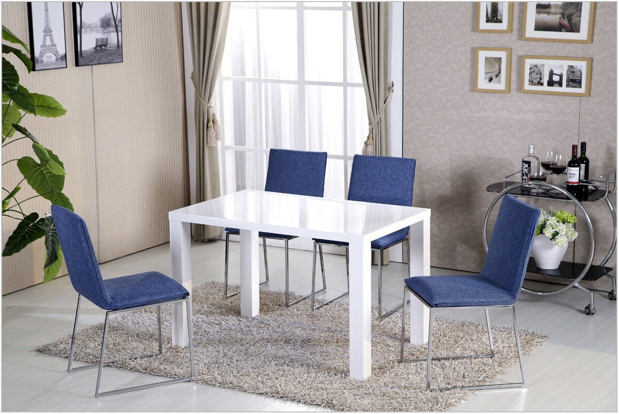White Gloss Dining Room Table