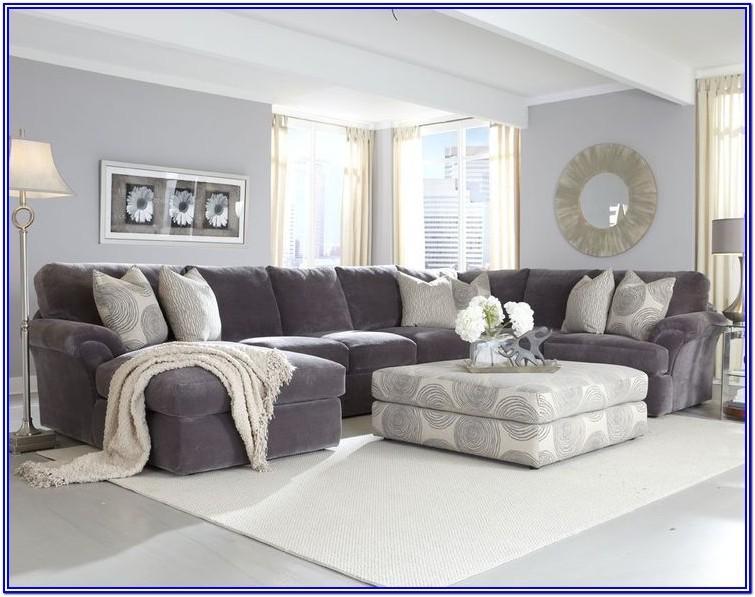 Cozy Black Furniture Living Room