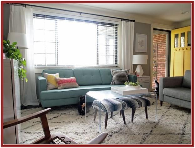 Front Door Opens Into Living Room Ideas