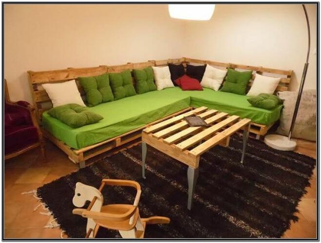 Living Room Pallet Furniture Couch