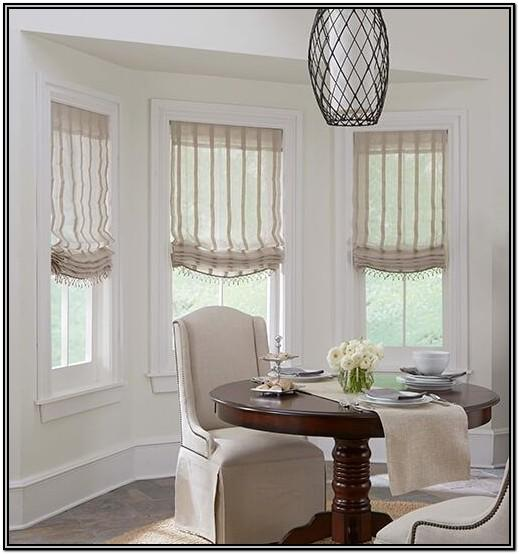 Living Room Relaxed Roman Shades