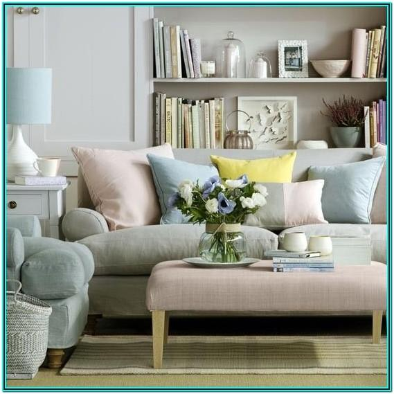Mixing And Matching Living Room Furniture