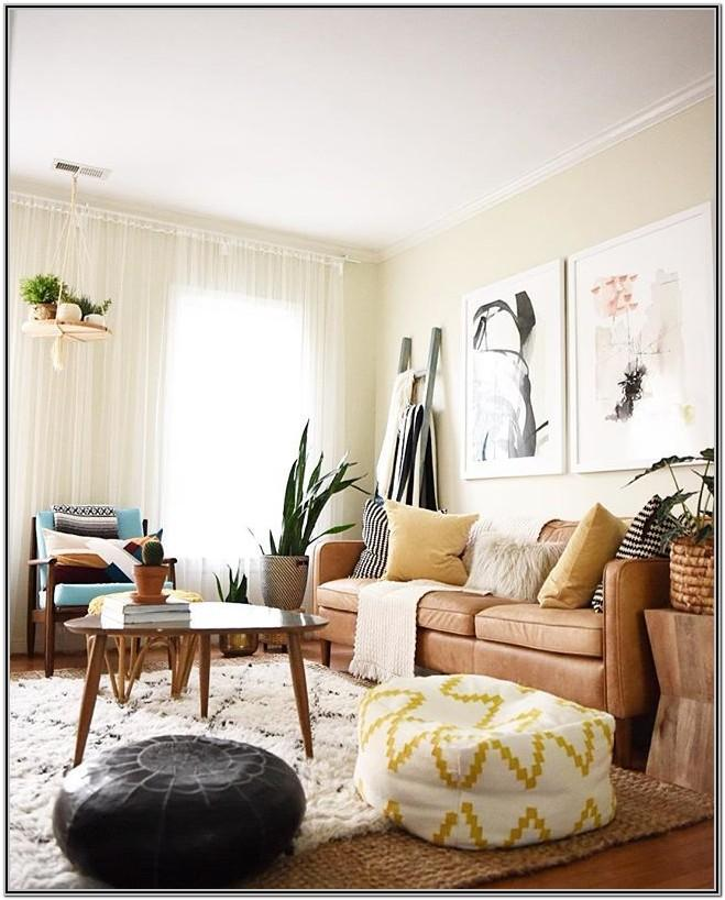 Modern Bohemian Living Room Decor With Sectional