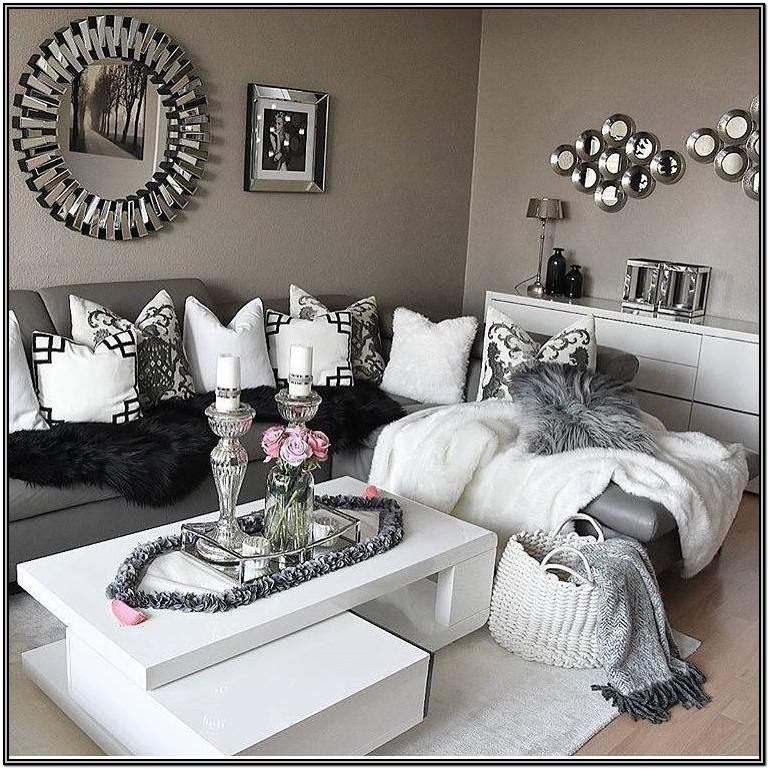 White And Grey Living Room Decor Ideas